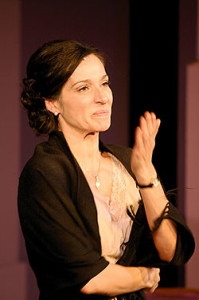 Natalia Millán es Carmen Sotillo en 'Cinco horas con Mario'